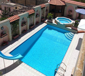 Villa In Naxxar Sleeps 16 Persons With Pool