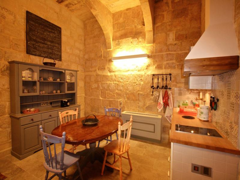 Valletta Apartment - Sleeps 2