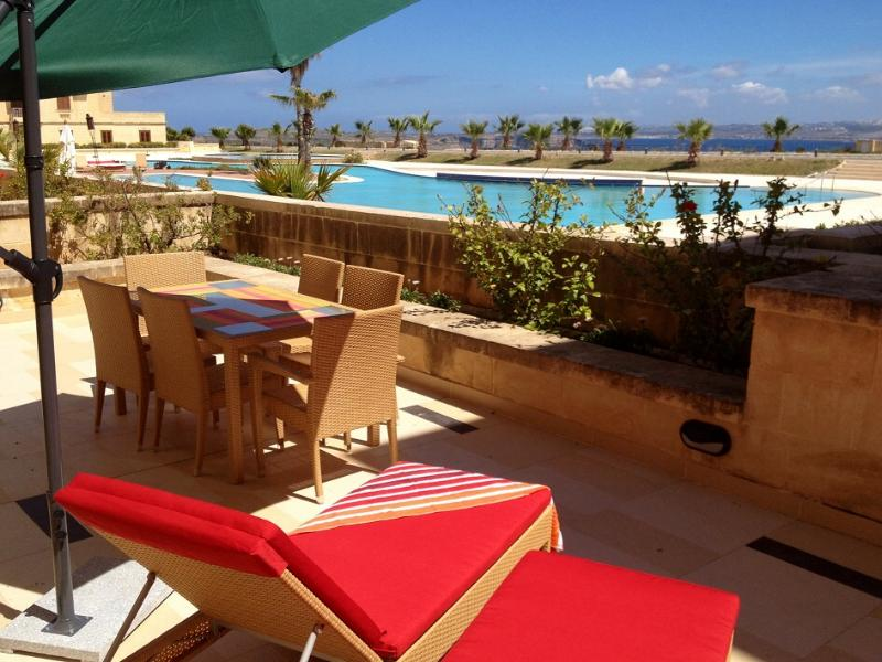 Gozo Holiday Apartments R754 - holiday-malta.com